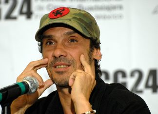https://it.wikipedia.org/wiki/Manu_Chao