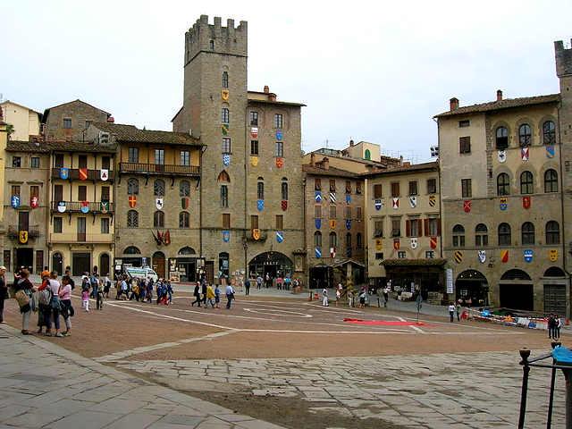 Piazza Grande Arezzo #2