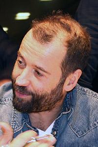 Fabio Volo analisi grafologica