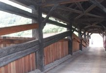 ponti in legno coperti