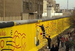Keith Haring e il muro di Berlino