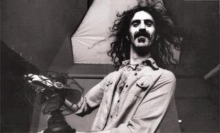 Frank Zappa, aneddoti e vita di un genio della musica