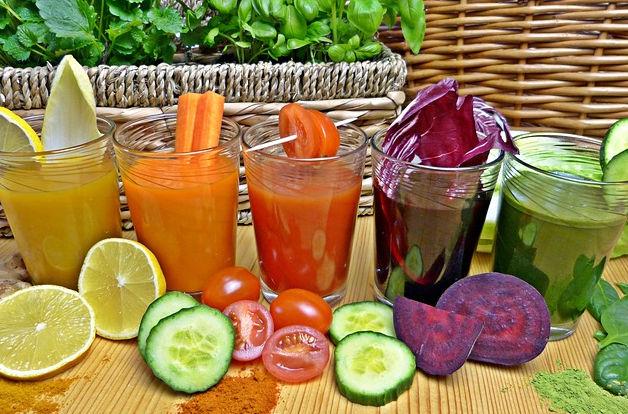 Fruttariani, dieta con sola frutta cruda
