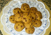 Cookie Integrali con Melagrana, Gocce di Cioccolato e Zucchero di Cocco