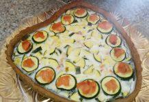 Quiche integrale con yogurt, zucchine e salmone
