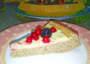 Crostata integrale morbida senza zucchero con crema di limone e frutti di bosco 3