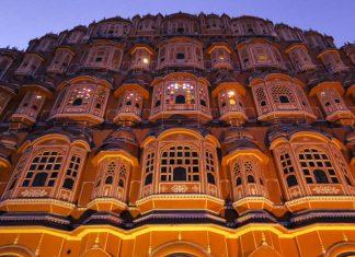 Hawa Mahal, il Palazzo dei Venti indiano dalle 953 finestre
