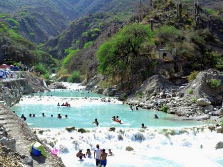 Le grotte messicane di Tolantongo il fiume