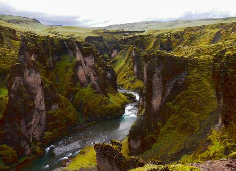 Canyon dell'Islanda Fjaðrárgljúfur 2