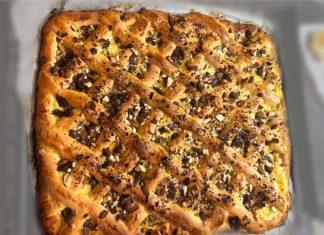 Crostata alla crema con mandorle e cioccolato