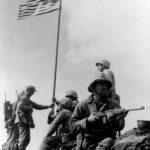 esercito con carabine M1 di David Marshall Williams