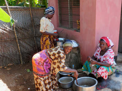 Le violenze inflitte alle vedove africane