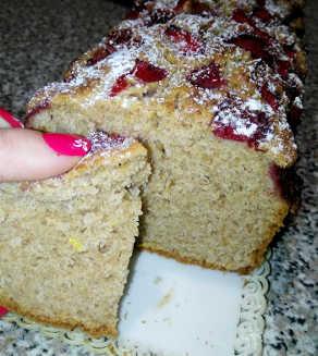 Plumcake integrale con fragole limone vaniglia e senza zucchero 1