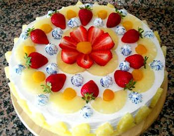Torta fredda con crema chantilly 1