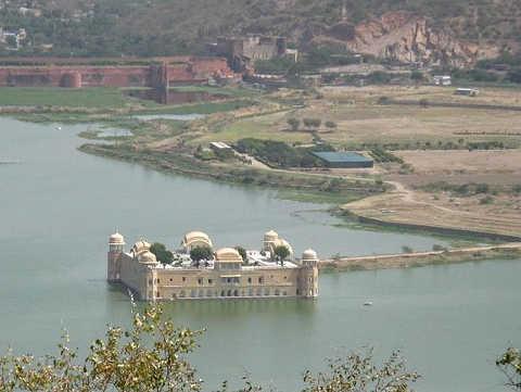 Jal Mahal il Palazzo sull'acqua 4
