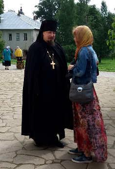 Reportage crociera la via degli zar prete ortodosso