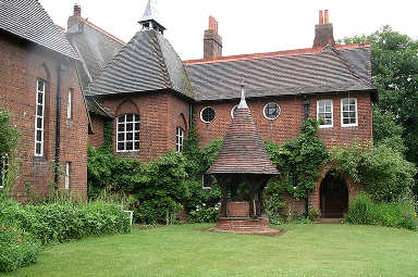 The Red House, di William Morris e Philip Webb