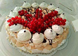 Torta Pavlova con ribes