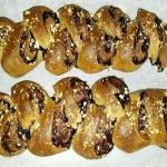 Pan brioche integrale marmellata frutta secca a forma di spiga