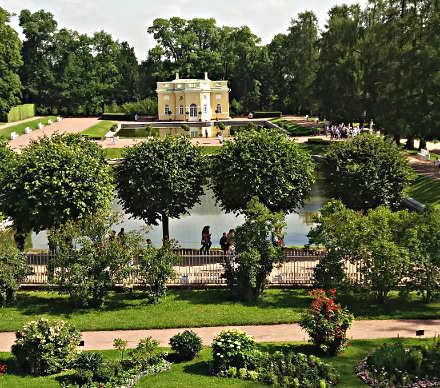reportage La via degli zar: San Pietroburgo, vista giardino