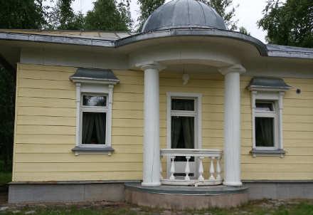 reportage crociera fluviale la via degli zar: Mandroga abitazione