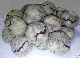 Biscotti crepati al cioccolato extra di farro integrale