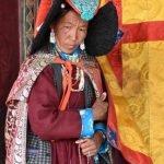 reportage Ladakh e Himachal Pradesh: donna buddista
