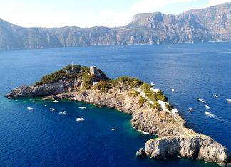 Le isole Li Galli, tra leggende di sirene e artisti famosi