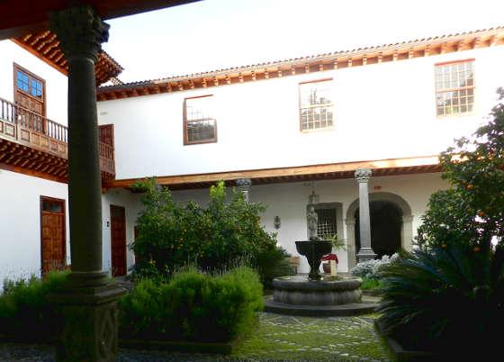 A San Cristóbal de La Laguna giardino