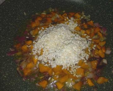 Preparazione Risotto alla zucca semplice e Parmigiano 3