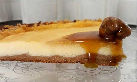Fetta della Crostata con farina e miele di castagno e ricotta