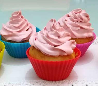 foto Cupcake allo yogurt con frosting senza burro