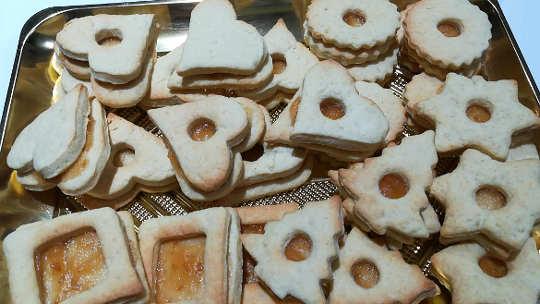Ricetta dei Biscotti di Natale con frolla all'olio e yogurt