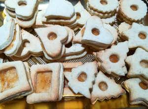 I Biscotti di Natale con frolla all'olio e yogurt