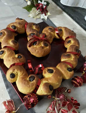 Le Brioche di Santa Lucia o Lussekatter dolci natalizi svedesi