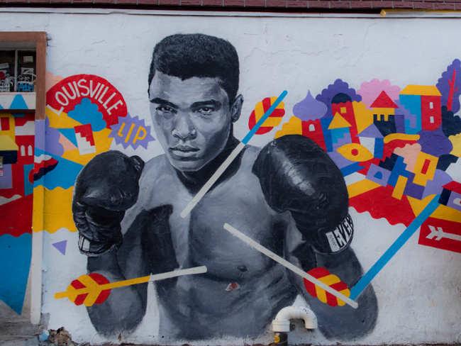 Murales di Muhammad Ali dell'artista Brolga