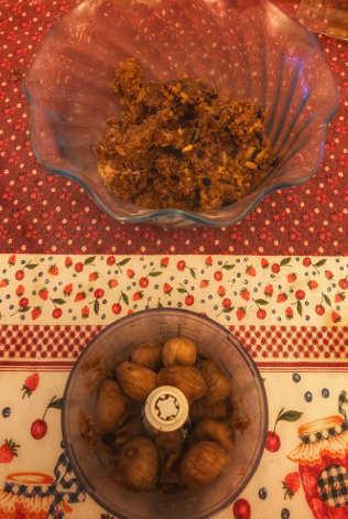 Ingredienti Torta ai frutti di bosco con crema alla vaniglia e frutta secca