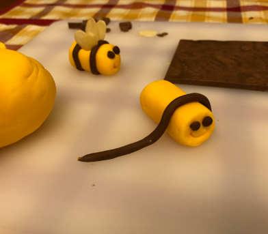 Ingredienti Torta al cioccolato con crema al mascarpone e miele