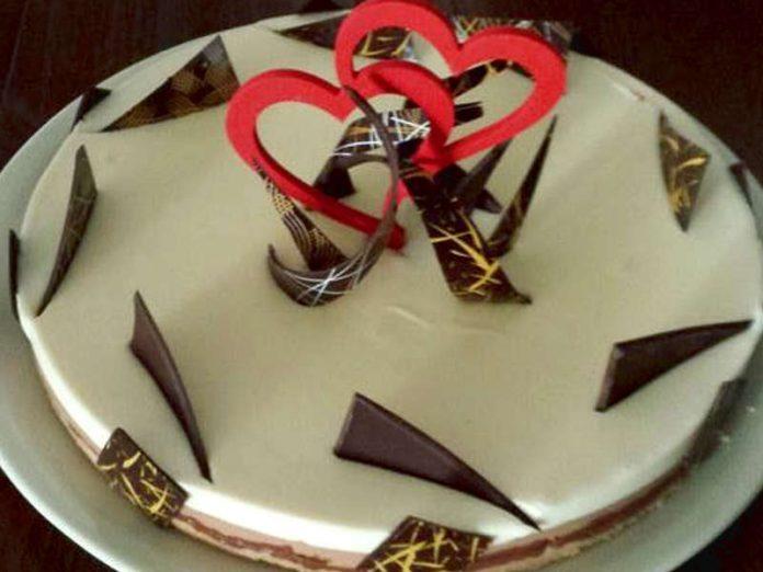 Torta ai tre cioccolati senza glutine, una buona torta San Valentino