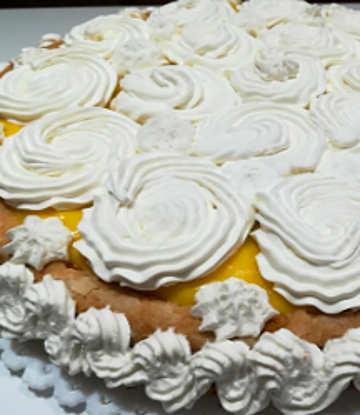 Ingredienti Torta furba con crema pasticcera e panna, una torta veloce senza burro