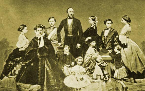 Vittoria e Alberto con i figli