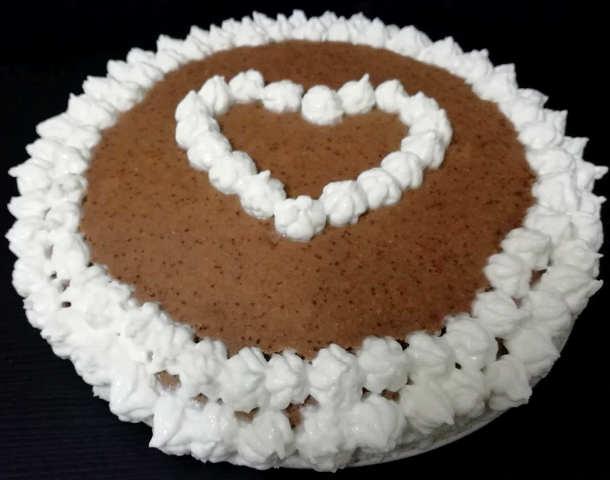 Preparazione Torta San Valentino senza glutine a ridotto indice glicemico