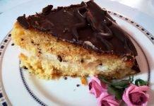 Torta cioccolato e arancio a forma di cuore una torta San Valentino
