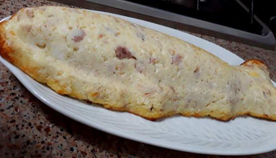 cottura Gateau di patate ricetta con ricotta e tonno a forma di pesce