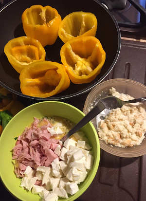 Ingredienti Peperoni ripieni con uova romano e mollica