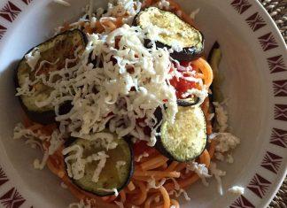 Spaghetti alla Norma senza glutine con melanzane arrostite