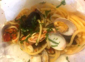 spaghetti al cartoccio ai frutti di mare senza glutine