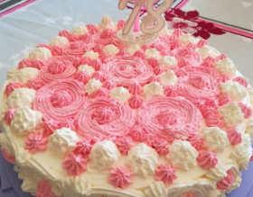 La Torta di compleanno con crema pasticcera e bagna all'Alchermes 3