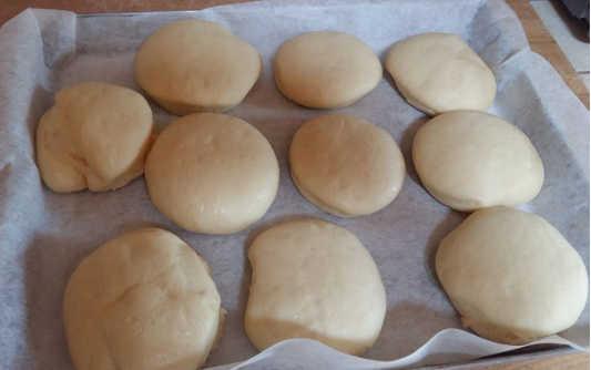 Lievitare Bomboloni al forno senza burro sofficissimi alla crema di latte