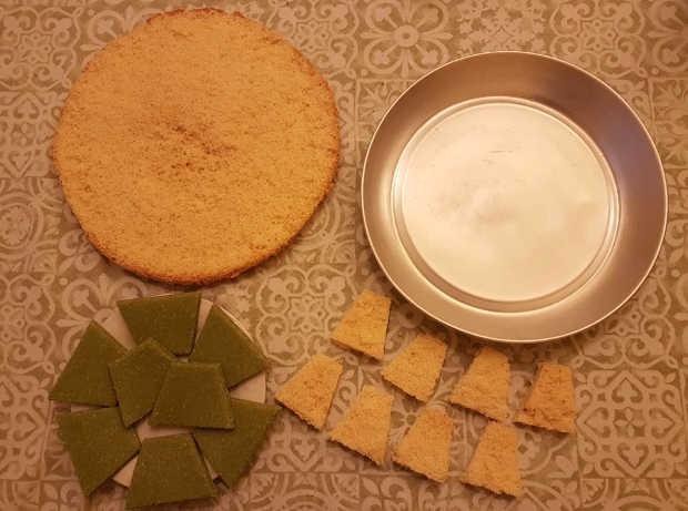 Preparazione pan di Spagna